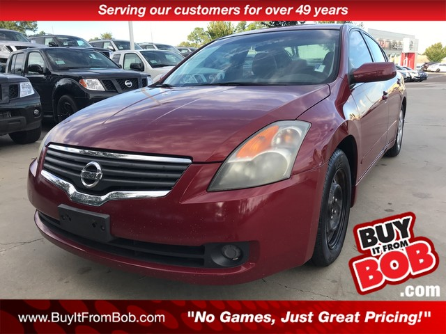 Delightful Pre Owned 2008 Nissan Altima 4dr Sdn I4 CVT 2.5 S