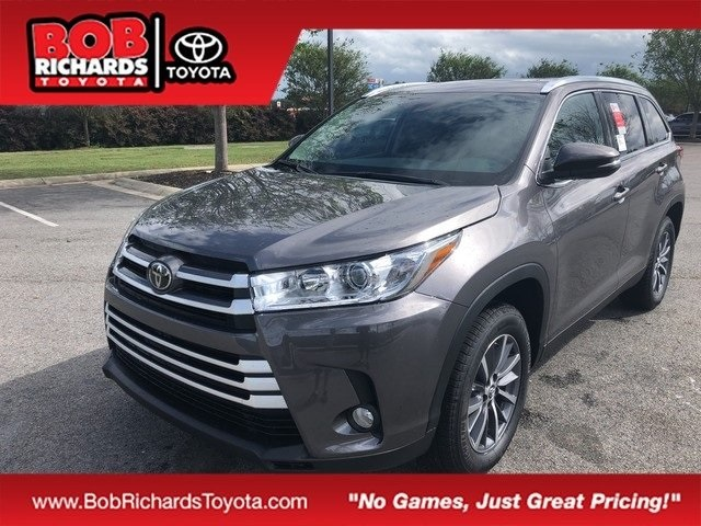New 2019 Toyota Highlander Xle 4d Sport Utility In North Augusta